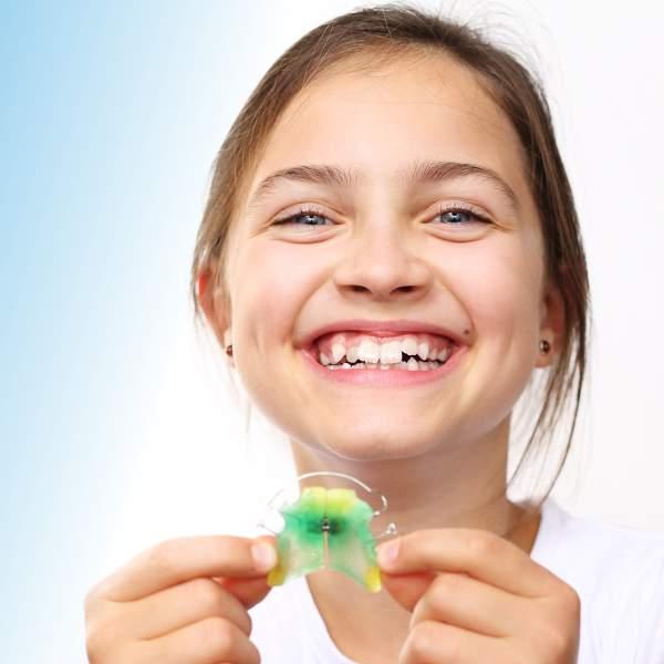 Vorbehandlung bei Kindern mit Zahnspange